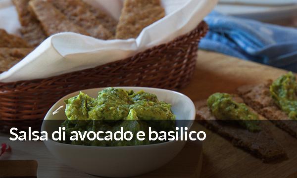 Salsa di avocado e basilico